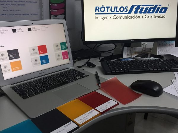 Rotulos Studio